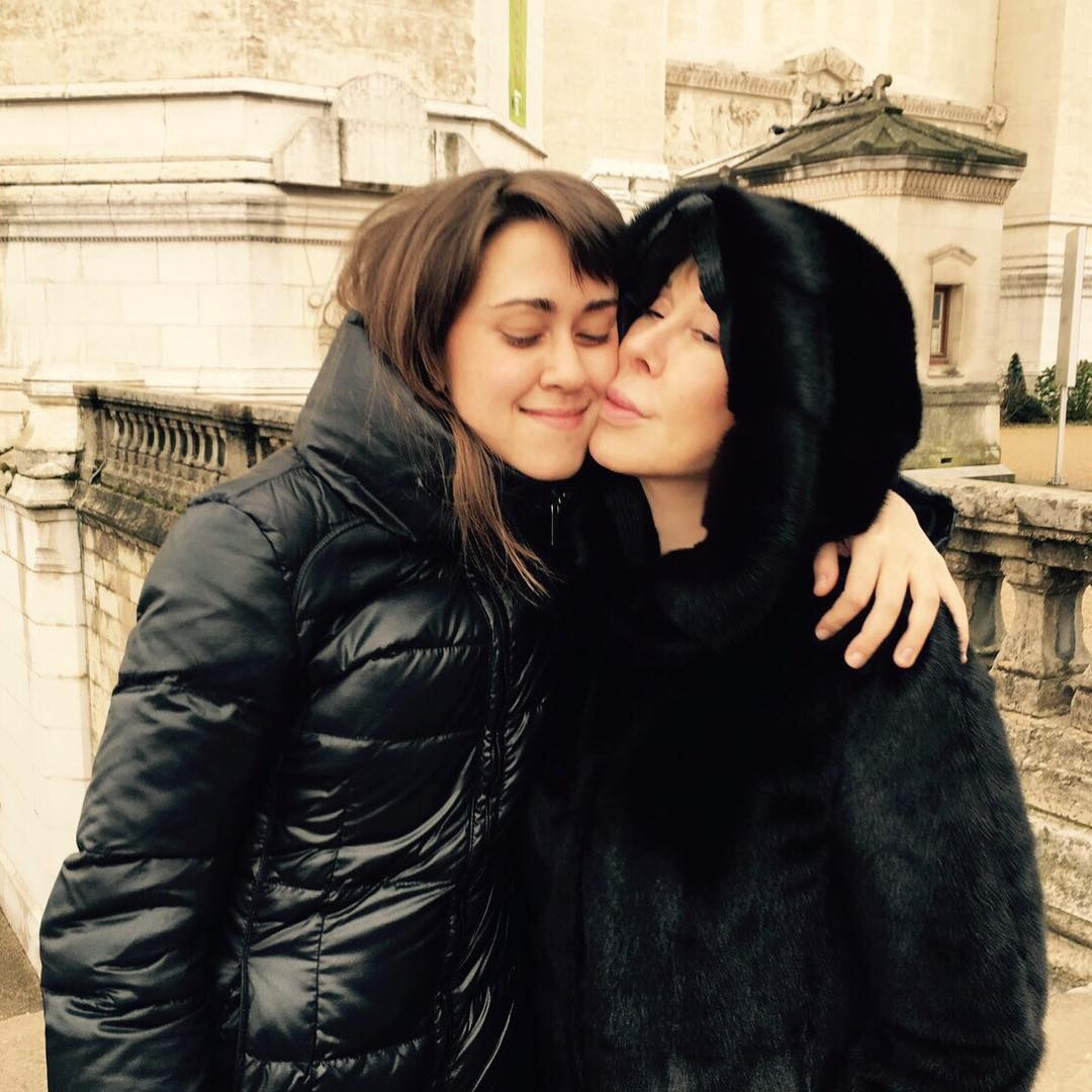 Двойная потеря: Любовь Успенская рассказала, как пережила аборт и гибель близнецов