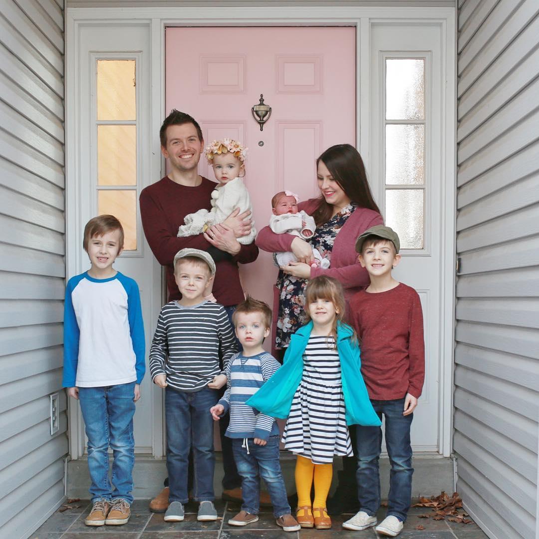 Эта женщина победила рак, стала мамой 7-х детей и отлично выглядит