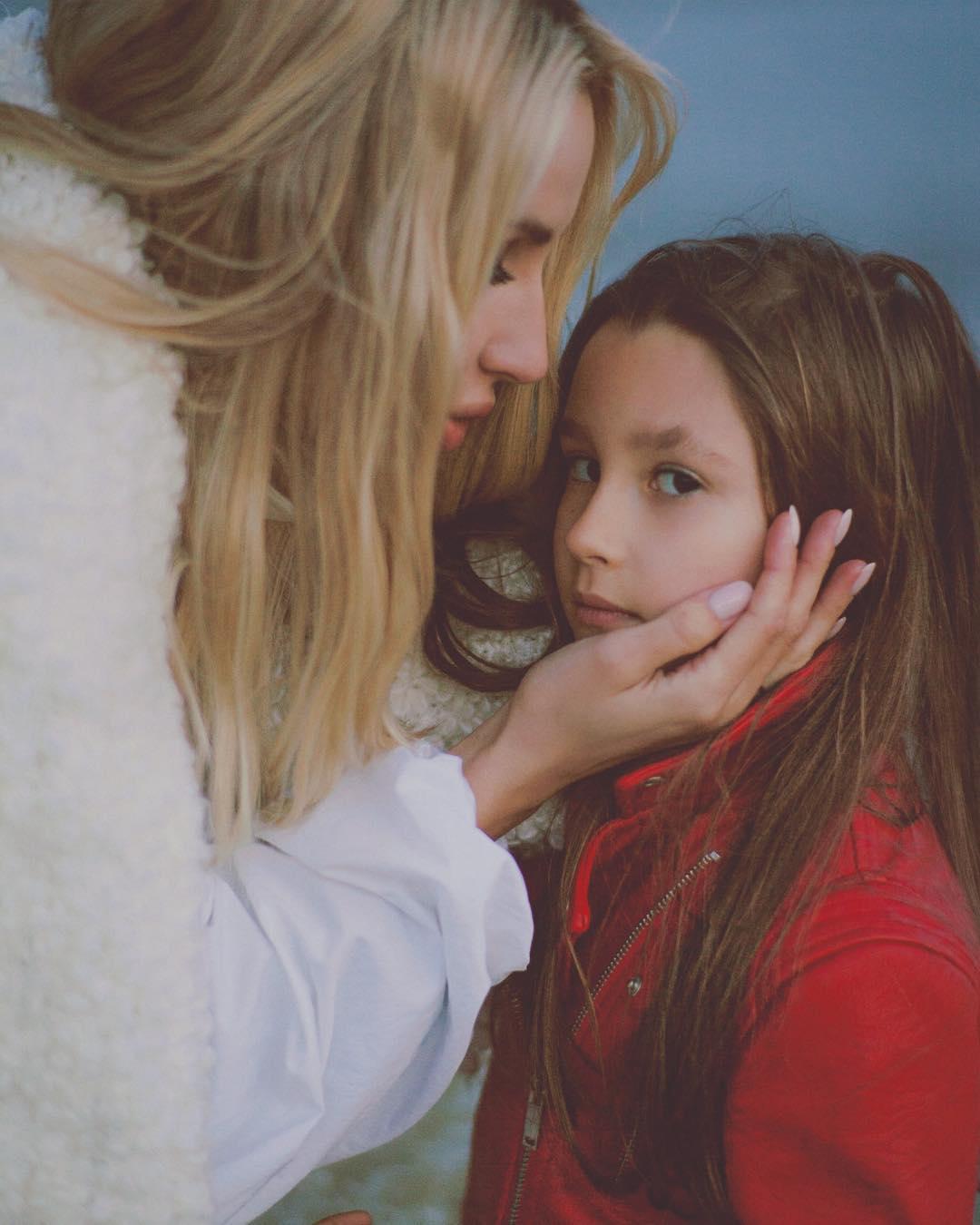 Беременная Светлана Лобода снялась для обложки модного глянца и дала интервью
