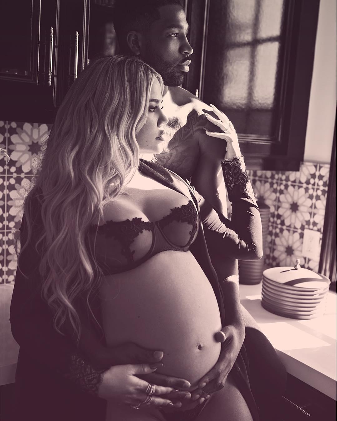 Опять — девочка: Хлои Кардашьян стала мамой в первый раз