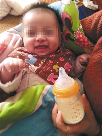 В Китае родился мальчик, родители которого умерли 4 года назад
