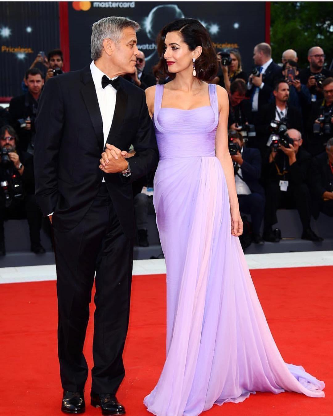 Эксклюзив! В Сети появились первые фото дочки Джорджа и Амаль Клуни