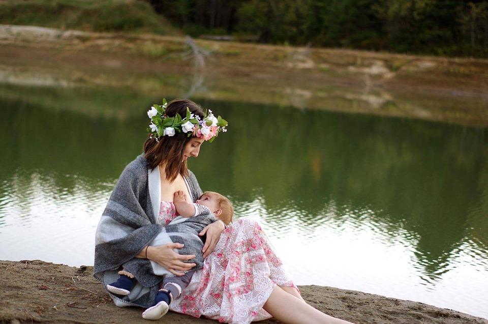 Чем полезно грудное вскармливание для здоровья мамы