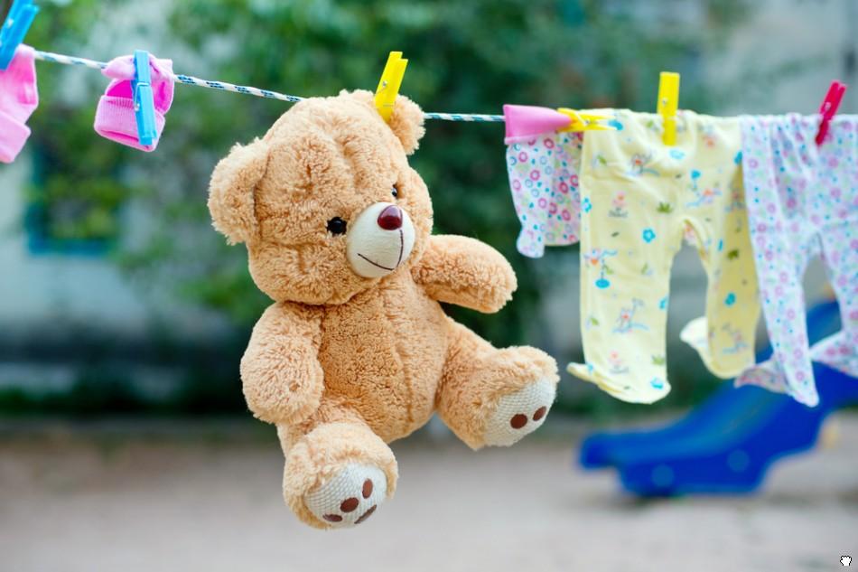 Война из-за стирки — мамы в соцсетях яростно спорят о чистоте детских игрушек
