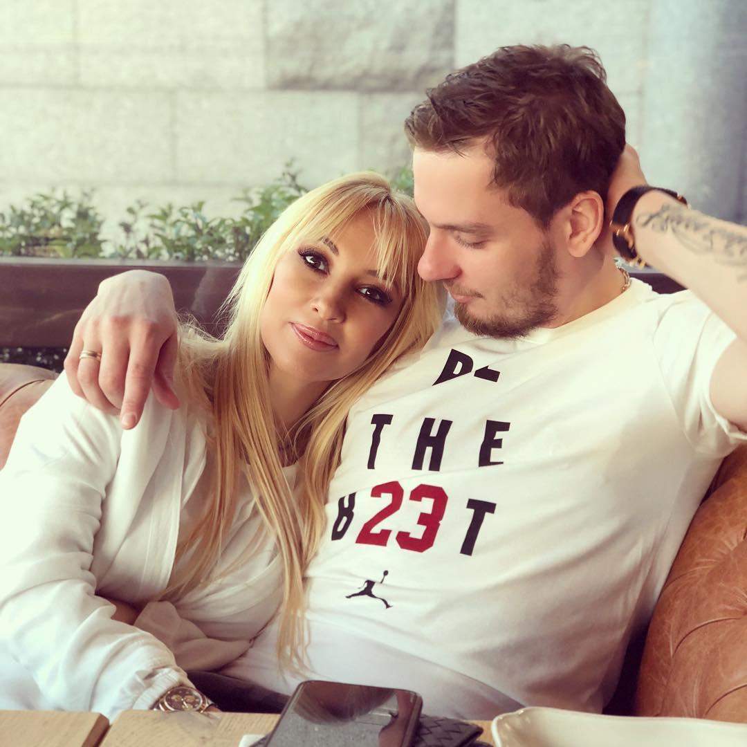 Андрей Малахов подтвердил беременность Леры Кудрявцевой. Это уже не слухи!