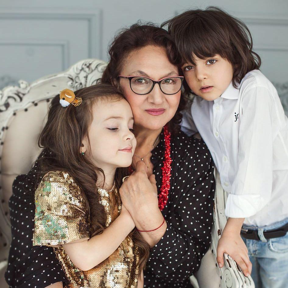 Как растит детей Филипп Киркоров: 7 главных правил воспитания от короля эстрады