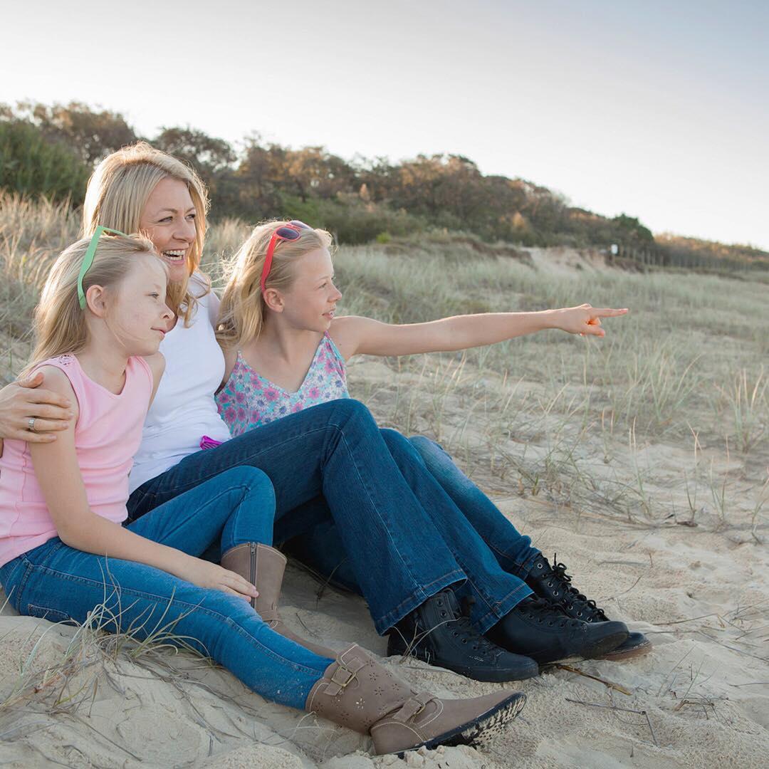 На Западе входит в моду частичное родительство (на примере пары из Австралии). И это правильно!