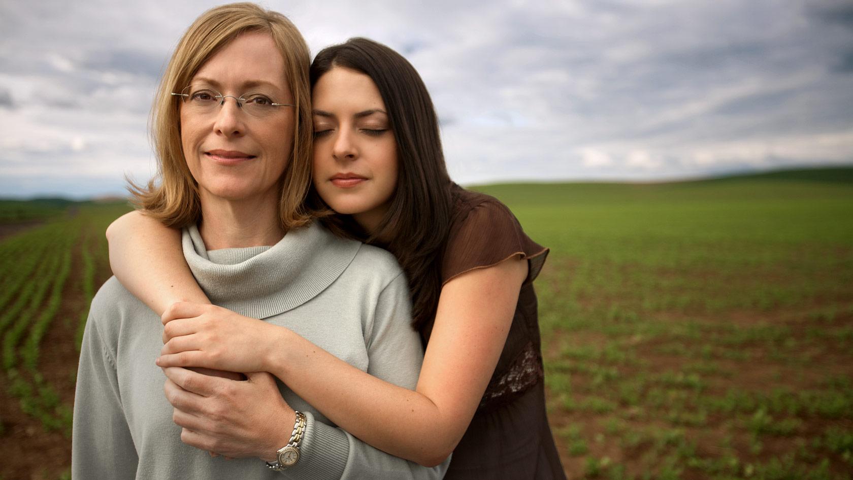 10 важных моментов в жизни, когда без мамы не обойтись