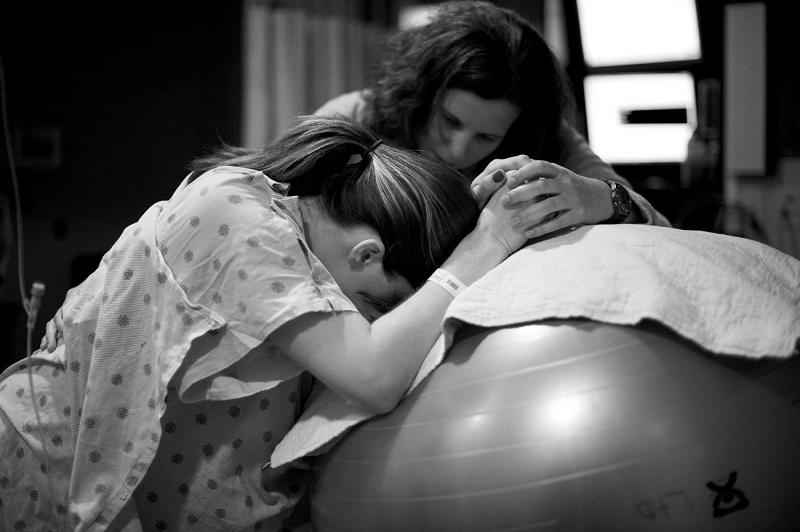 5 самых необычных, но жутко модных способов родить ребенка