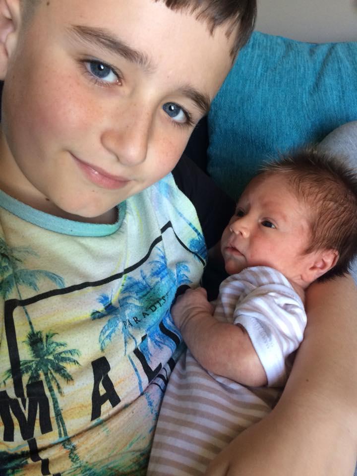 После 16 выкидышей британка родила здорового малыша. Врачи узнали, в чем причина!
