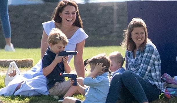 Фанаты шокированы, в какие игрушки играет принц Джордж