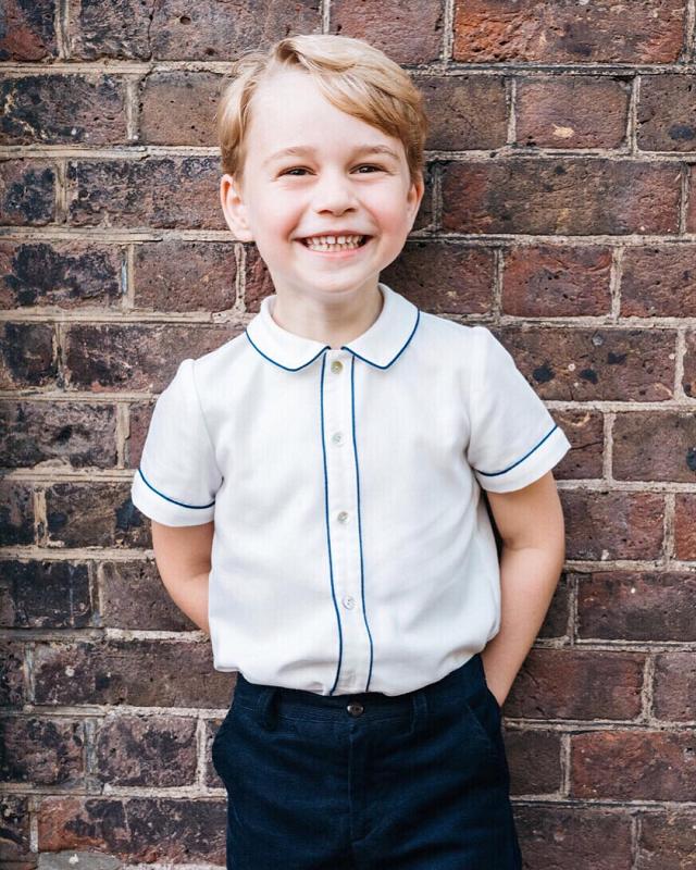 Принцу Джорджу исполнилось 5 лет, и вот как праздновала Британия