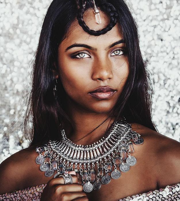 27 удивительных людей, которых природа наградила неземной красотой