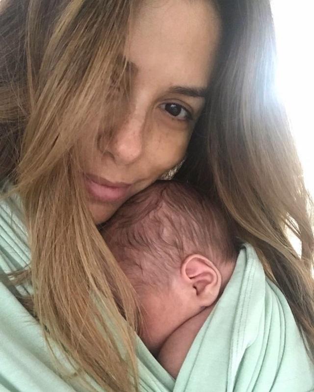 Ева Лонгория показала трогательную фотографию сына. Ему всего один месяц!