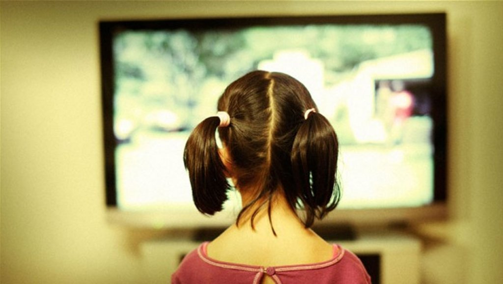 5 причин, почему маленькие дети не могут пропустить ни одной рекламы
