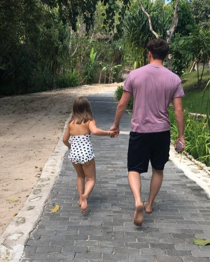 Идеальный отдых: как семья Бекхэмов проводит летние каникулы
