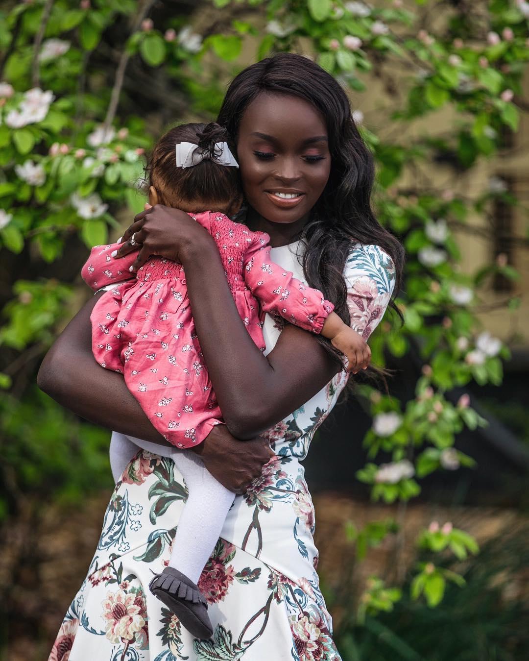 Как выглядят дети, если мама темненькая, а папа — светленький (фото)
