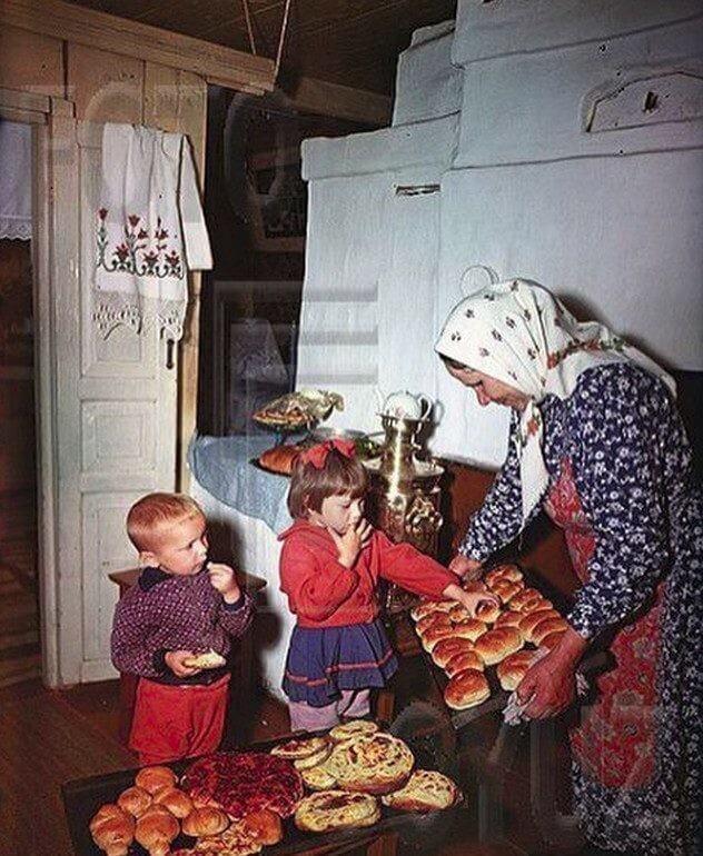 Как это — у бабушки в деревне: 15 кадров, которые погружают в детство
