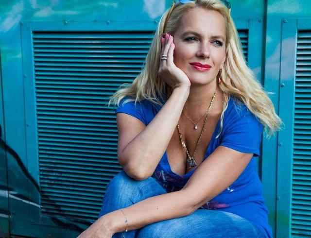44-летняя Мария Порошина станет мамой в пятый раз
