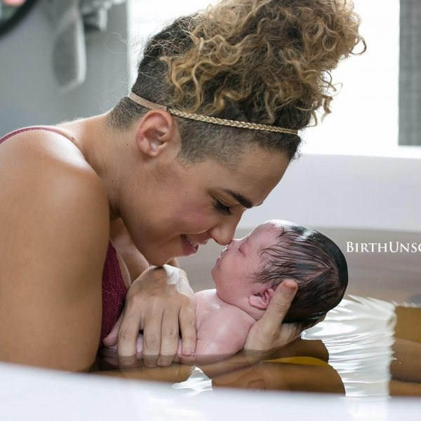 Увидев свою малышку, мама поняла, почему ее беременность протекала не так, как другие