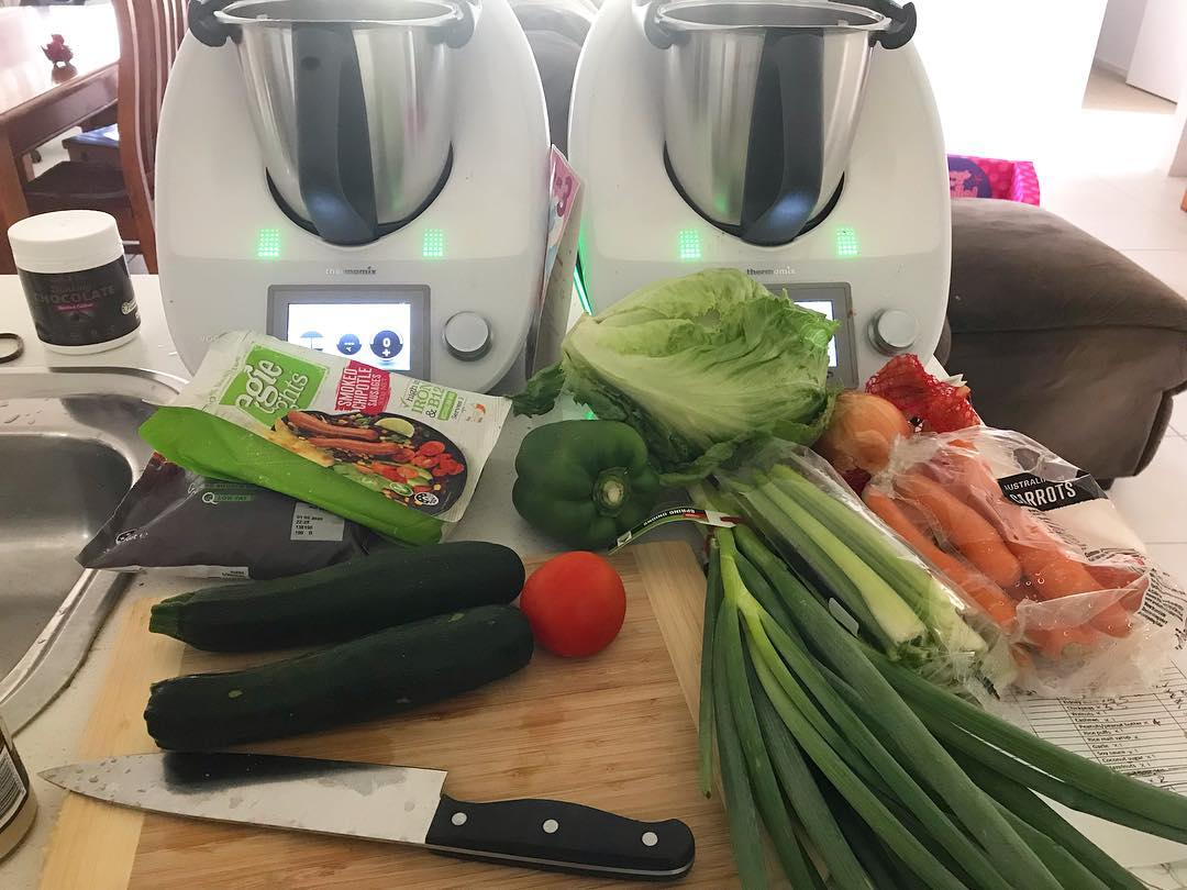 Мама троих детей перед родами заготовила 400 порций еды впрок, чтобы потом не тратить время