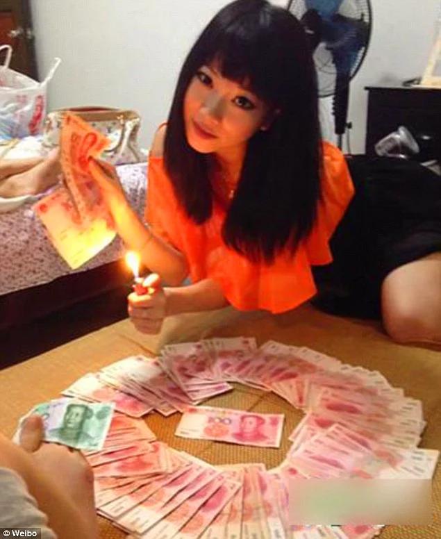 Как прожигают жизнь золотые детки самых богатых людей в Китае