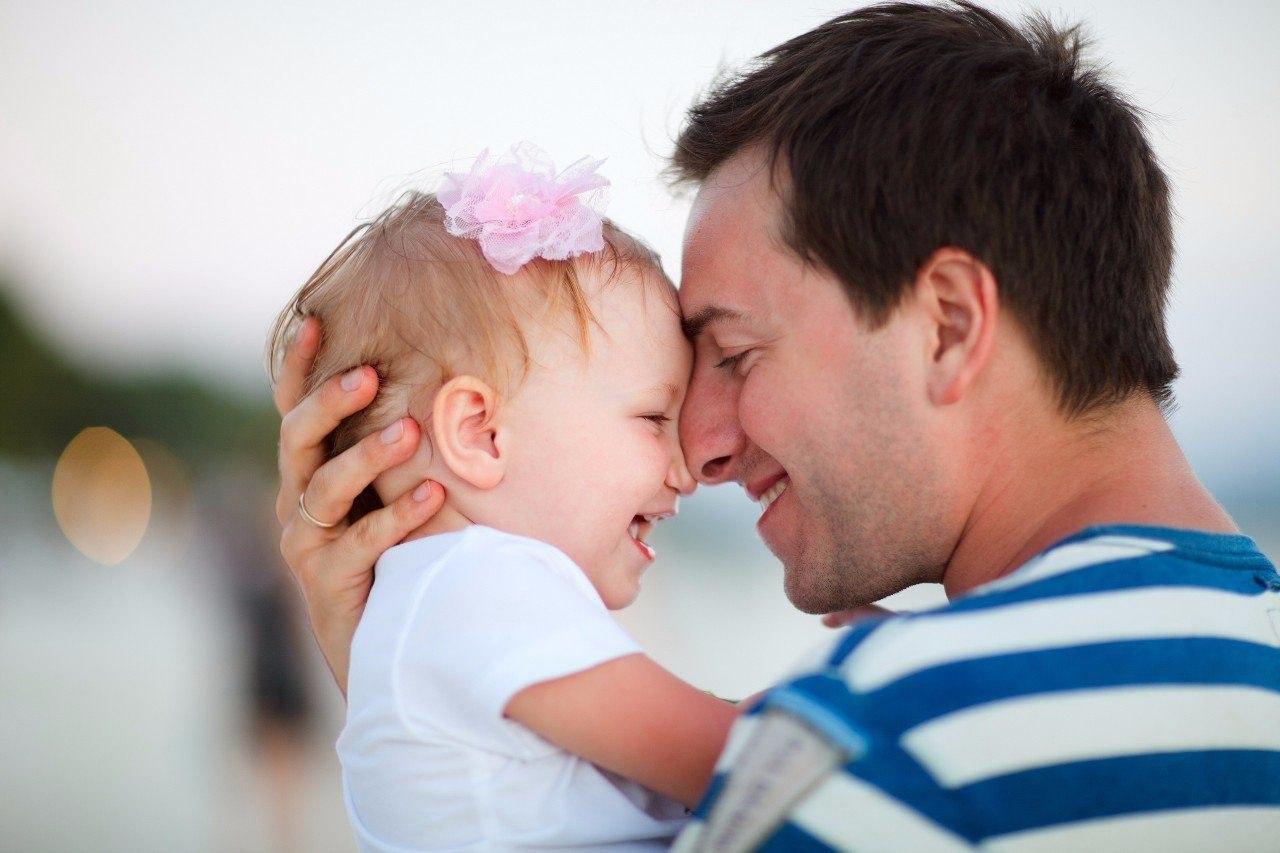 Муж и Ребенок: 9 идей, как заинтересовать папу воспитывать детей