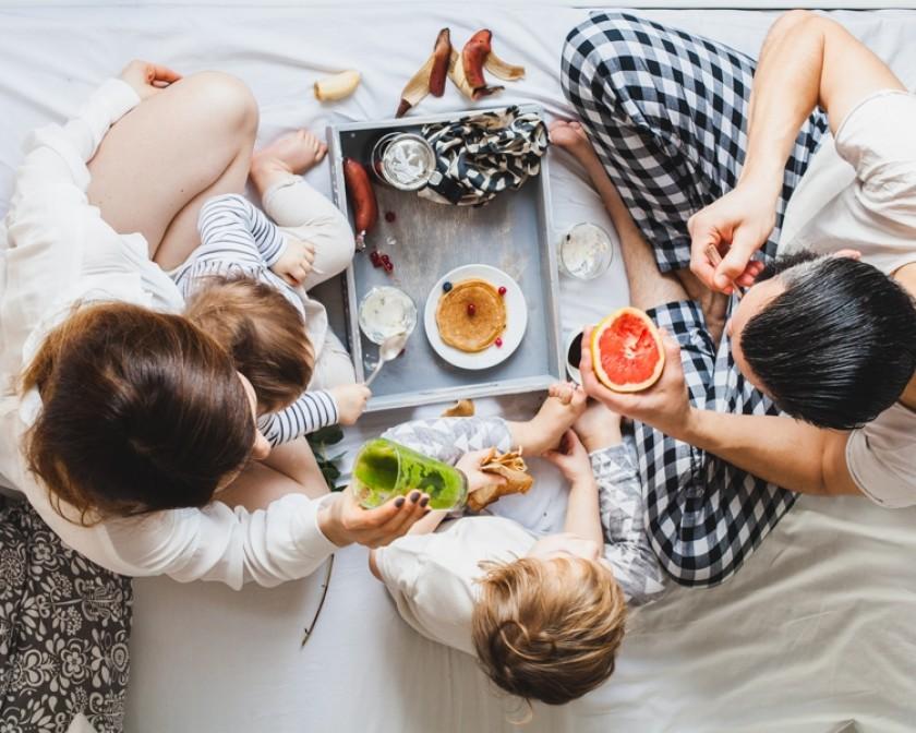 Завтрак с семьей картинки